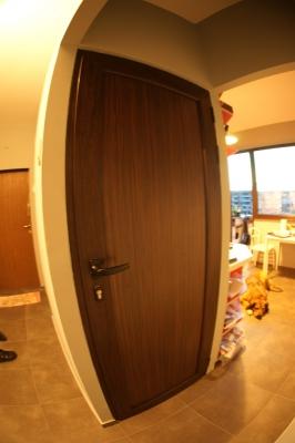 врата за баня алуминиева